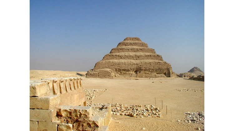 what was put in the pyramids | what is a pyramid | egyptian civilization pyramids